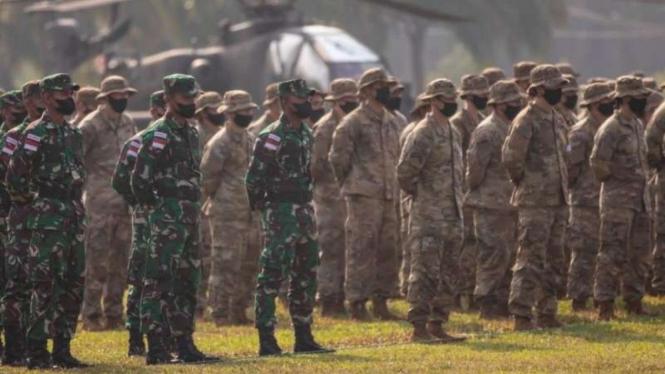 VIVA Militer: Pasukan TNI Angkatan Darat dan US Army dalam Latma Garuda Shield