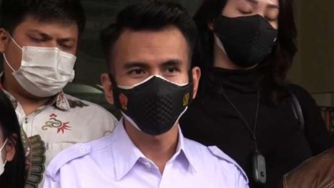 Adam Deni di Polda Metro Jaya