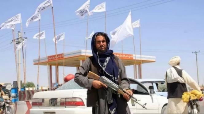 Taliban berhasil rebut Afghanistan.