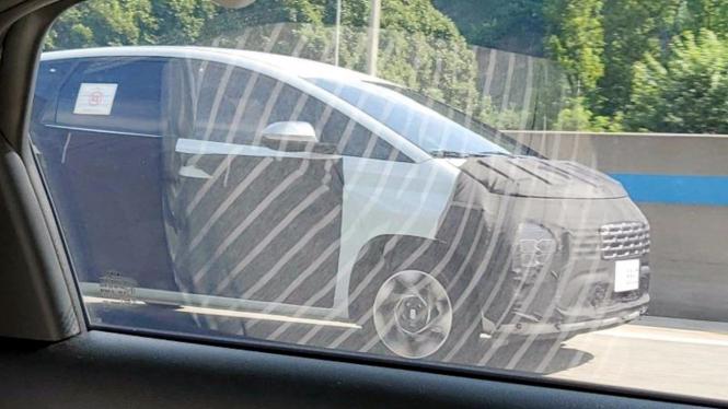 Bocoran Hyundai Stargazer pesaing Toyota Avanza dan Mitsubishi Xpander.