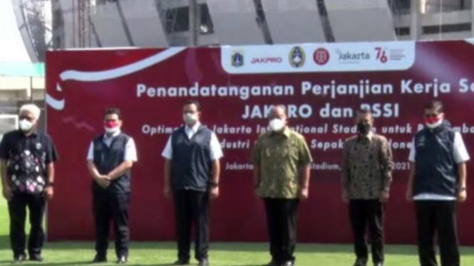 PSSI, PT Jakpro, dan Gubernur Anies Baswedan di Jakarta International Stadium