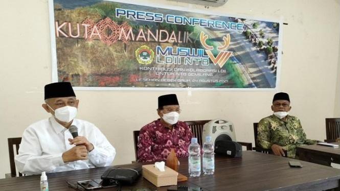 Ketua MUI NTB bersama Ketua Umum DPP LDII