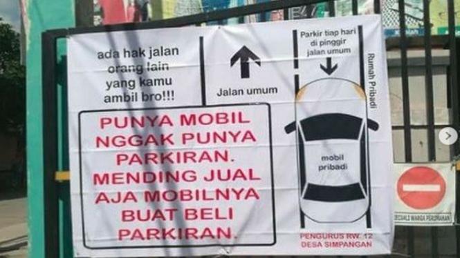Pengumuman Buat Pemilik Mobil Tapi Gak Punya Parkiran (Instagram/info_jakartatimur)