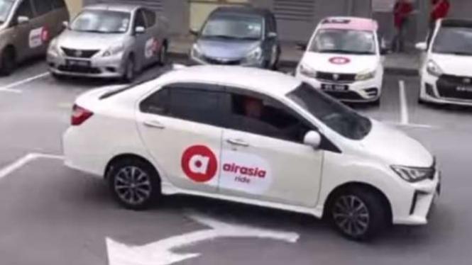 Layanan Taksi Online AirAsia