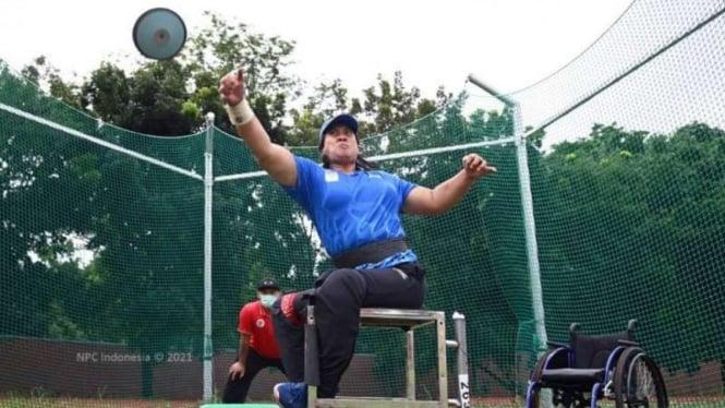 Atlet lempar cakram Indonesia, Famini