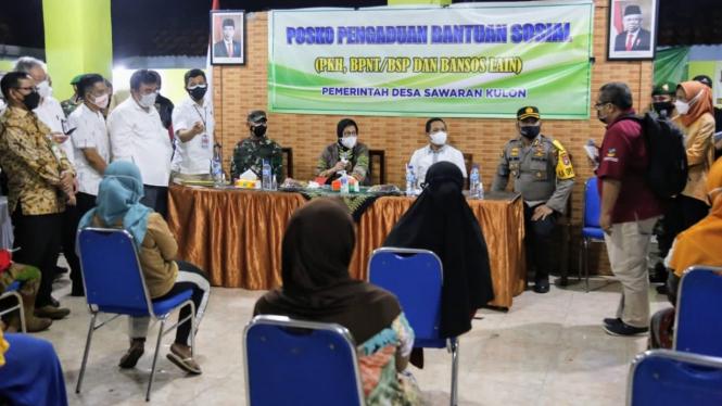 Mensos Risma saat mengunjungi Kabupaten Jember dan Kabupaten Lumajang.