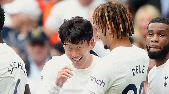 Pemain Tottenham Hotspur rayakan gol Son Heung-min