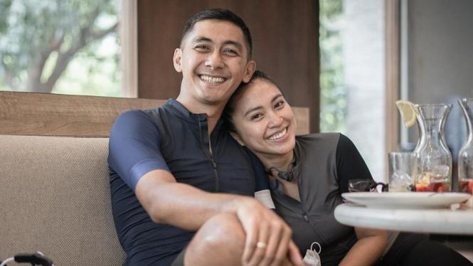 Kenang Mirdad & Tyna Kanna