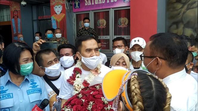 Saipul Jamil saat bebas dari penjara.