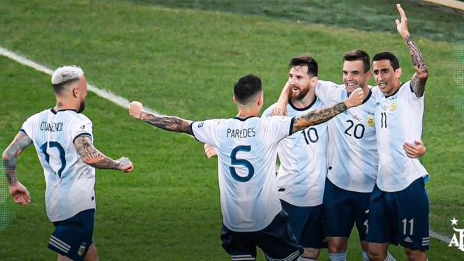 Timnas Argentina merayakan gol