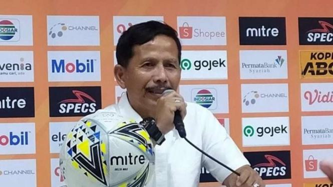 Pelatih Barito Putera, Djadang Nurdjaman.