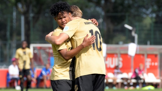 Bagus Kahfi cetak dua gol saat Jong Utrecht menang besar