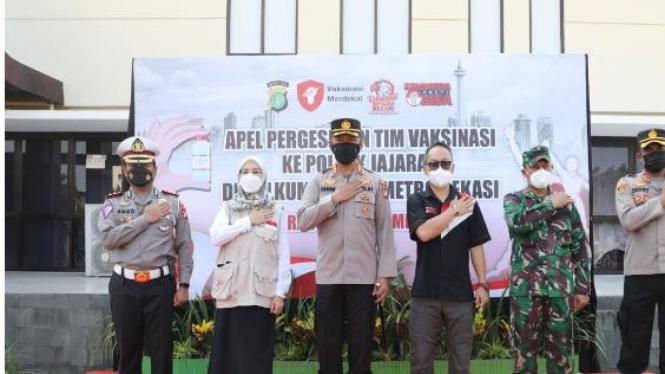 Indonesia Pasti Bisa Salurkan 9 unit Mobil Vaksin ke Polres Metro Bekasi
