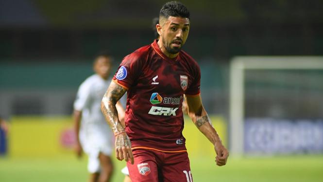 Gelandang Borneo FC, Jonathan Bustos