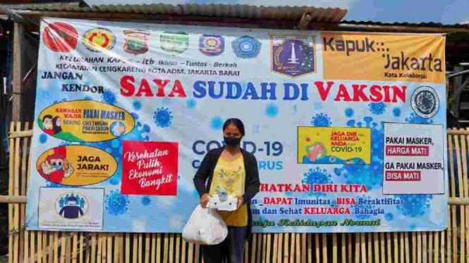 Program vaksinasi Penyandang Masalah Kesejahteraan Sosial di DKI Jakarta.