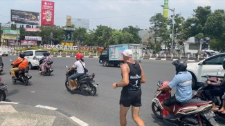 Pria asal Austria, Robert Spour yang melakukan marathon bertajuk Run2Bali