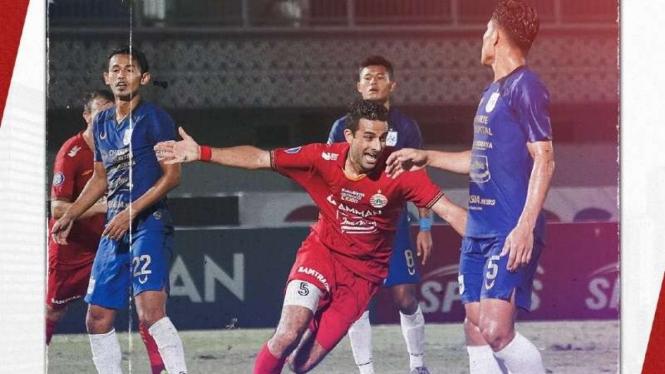 Bek Persija Jakarta, Otavio Dutra rayakan gol ke gawang PSIS Semarang.