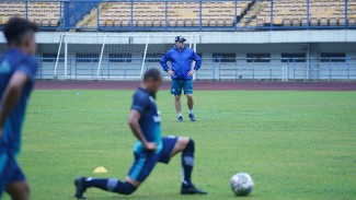 Sesi latihan Persib Bandung