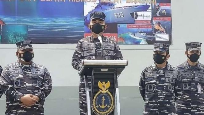 VIVA Militer: Komandan Pushidrosal TNI AL Laksdya TNI Agung Prasetiawan