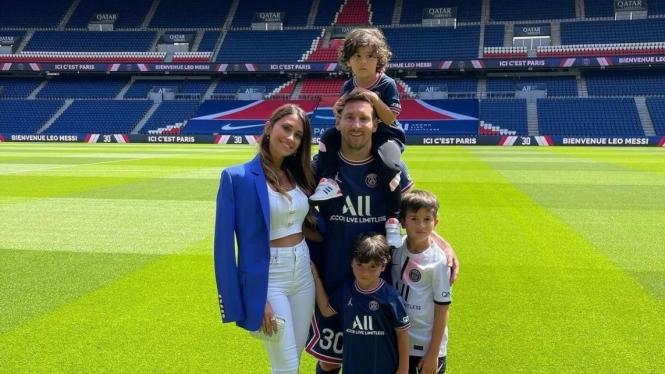 Lionel Messi dan keluarganya