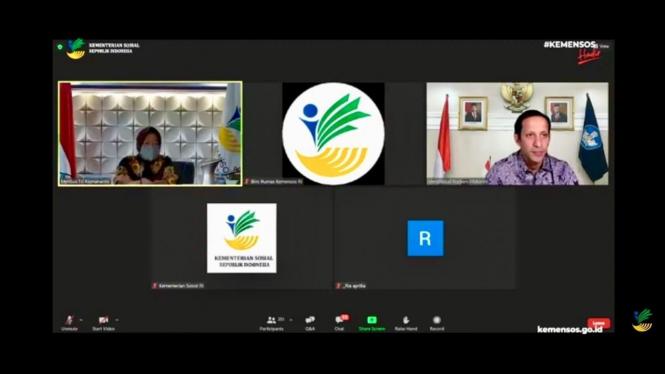 Mensos) Tri Rismaharini meluncurkan Program Pejuang Muda