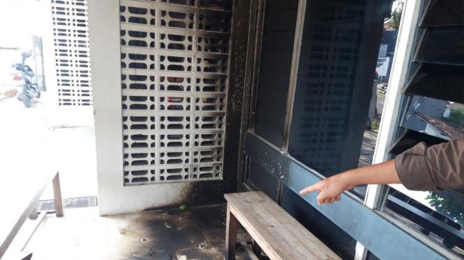 Kantor LBH Yogyakarta yang dilempar bom molotov