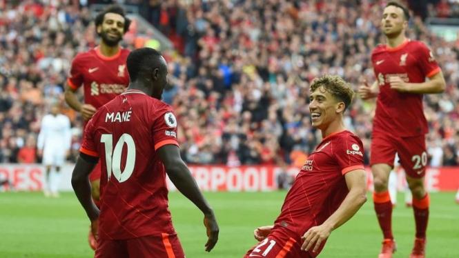 Pemain Liverpool merayakan gol Sadio Mane