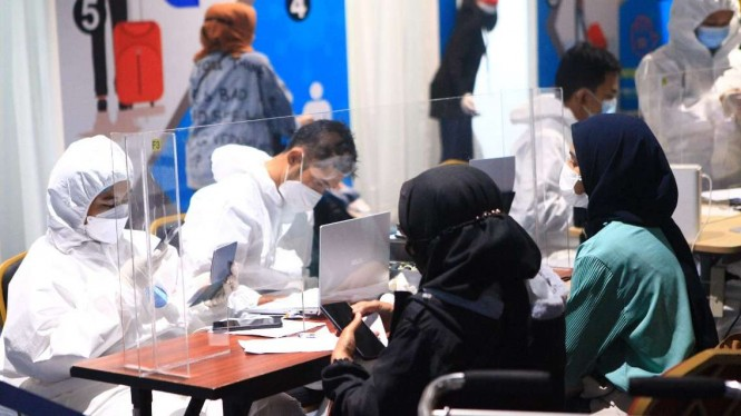 Tes PCR Bagi Penumpang Kedatangan Internasional di Bandara Soekarno Hatta