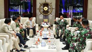 VIVA Militer: KSAL terima kunjungan Pimpinan Pusat Pemuda Muhammadiyah