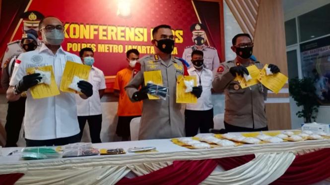 Polres Jakarta Utara mengungkap kasus peredaran sabu.