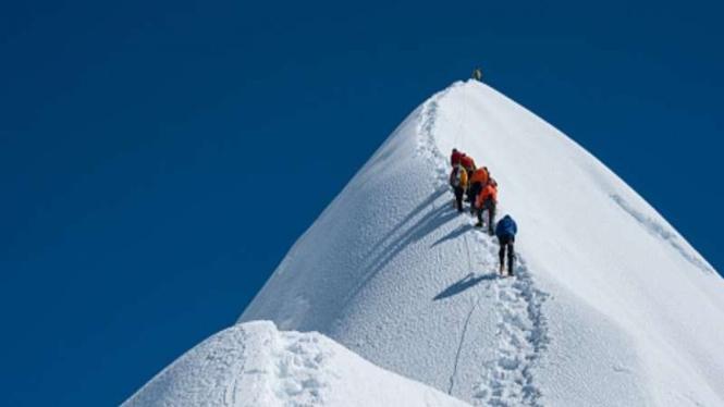 Puncak Gunung Tertinggi di Himalaya