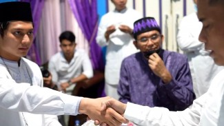 Momen ijab kabul nikah siri Rizky Billar-Lesti Kejora