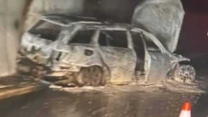 Mobil wasit di Bosnia dibakar