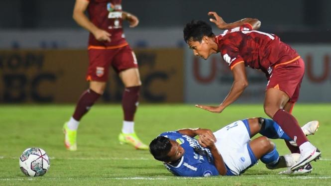 Duel Persib Bandung vs Borneo FC