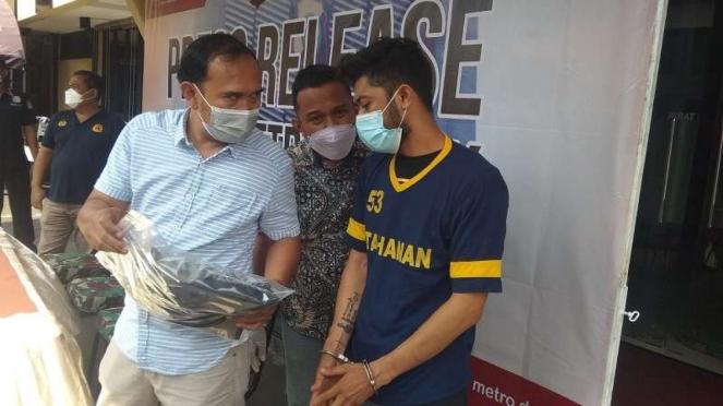 Tampang Pembunuh anggota TNI Sertu Yorhan di Depok