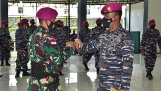 VIVA Militer: Mayjen TNI (Mar) Suhartono, sambut kontingen Latma Reconex