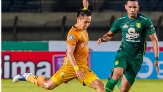 Pertandingan Persebaya vs Bhayangkara FC di Liga 1 2021/2022