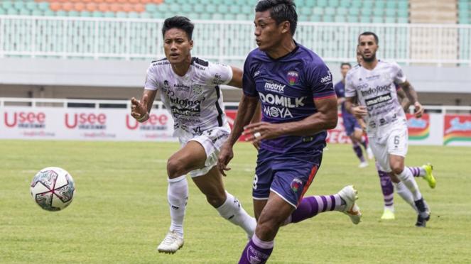 Pertandingan Persita vs Bali United