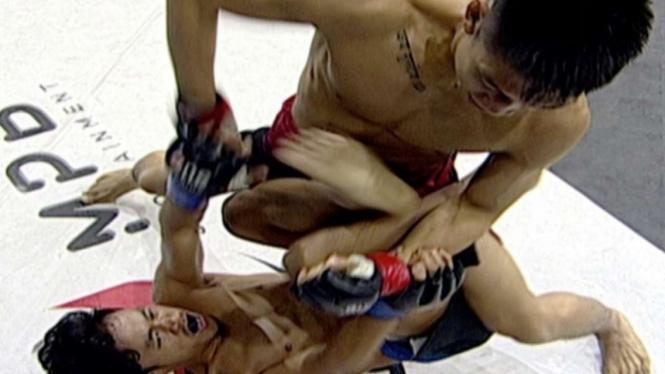 Rama Supandhi vs David Leonardo di Fight Night 49