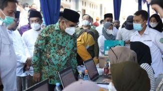 Vaksinasi ribuan santri di Ponpes Buntet, Cirebon