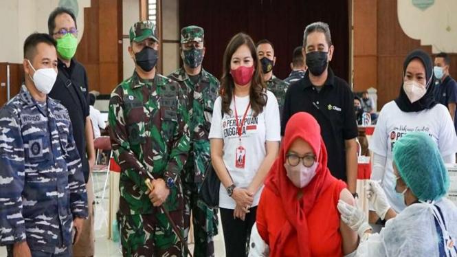 Serbuan vaksinasi massal digelar di Gresik, Jawa Timur