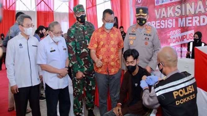 Forkopimda Nusa Tenggara Barat (NTB) meninjau vaksinasi