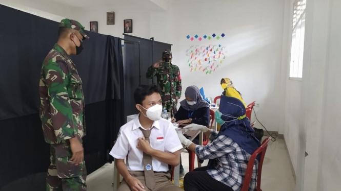 Vaksinasi di SMK Informatika Bina Generasi Tiga (IBG), Bogor