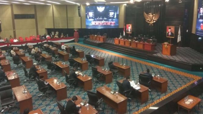Rapat paripurna DPRD DKI terkait interpelasi Formula E Jakarta.