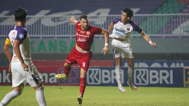 Pertandingan Persija Jakarta vs Persita Tangerang