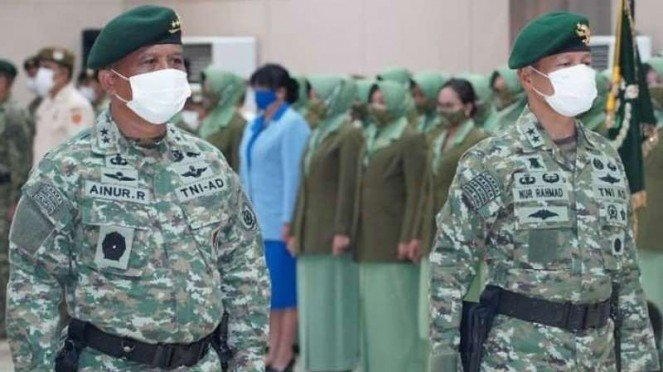 VIVA Militer: Mayjen TNI Ainurrahman (kiri) dan Mayjen TNI Muhammad Nur Rahmad