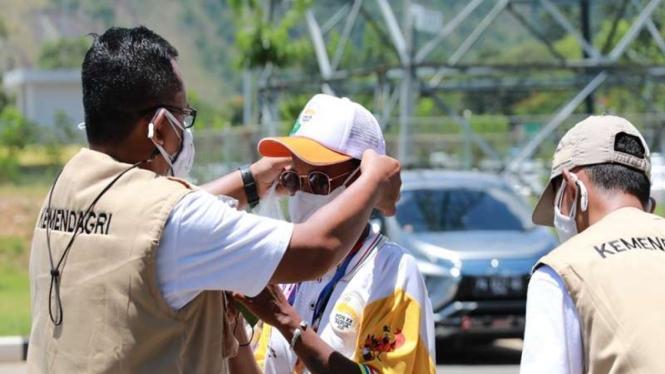 Kemendagri bagikan 10 ribu masker pastikan prokes di PON Papua