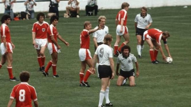 Jerman Barat vs Austria Piala Dunia 1982