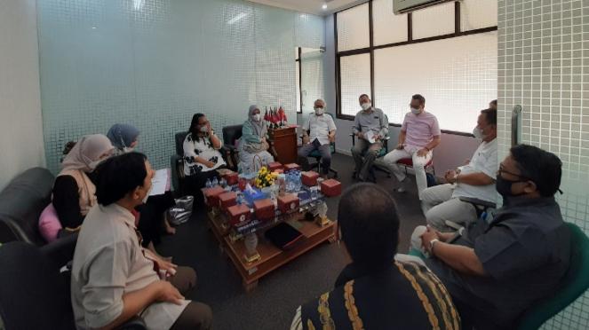 UNJ dan UNPATTI Kerja Sama Bidang Digital Entrepreneur & Tourism (unj.ac.id)