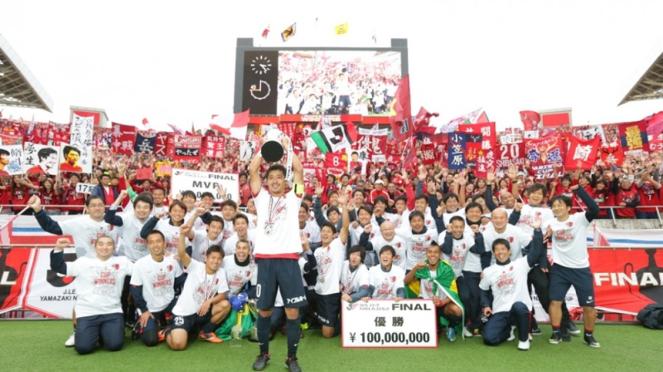 Kashima Antlers saat juara J League Cup